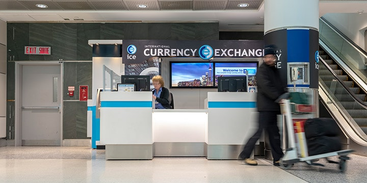 Comptoir d'International Currency Exchange.